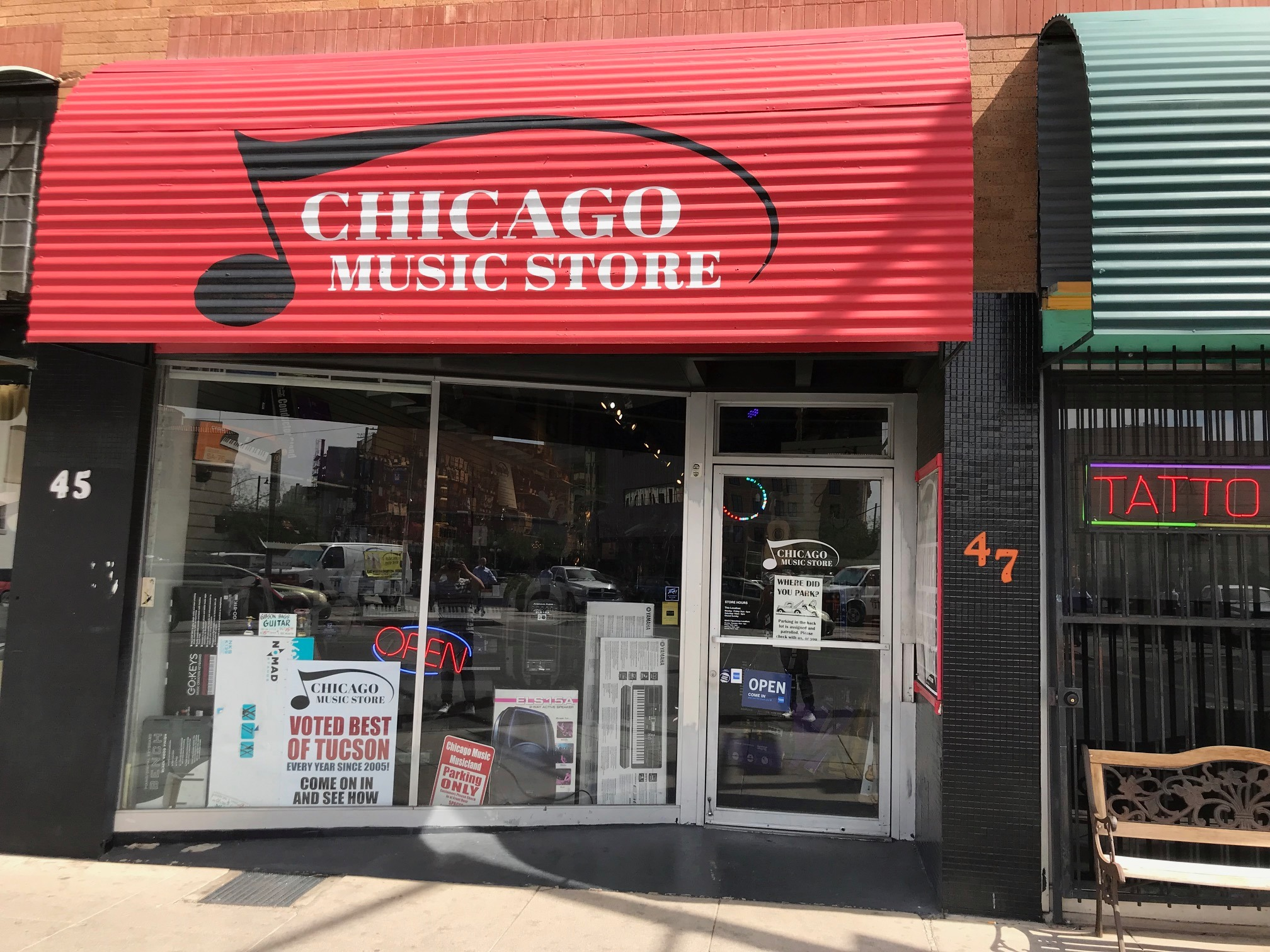 CHICAGO MUSIC STORE (DT)